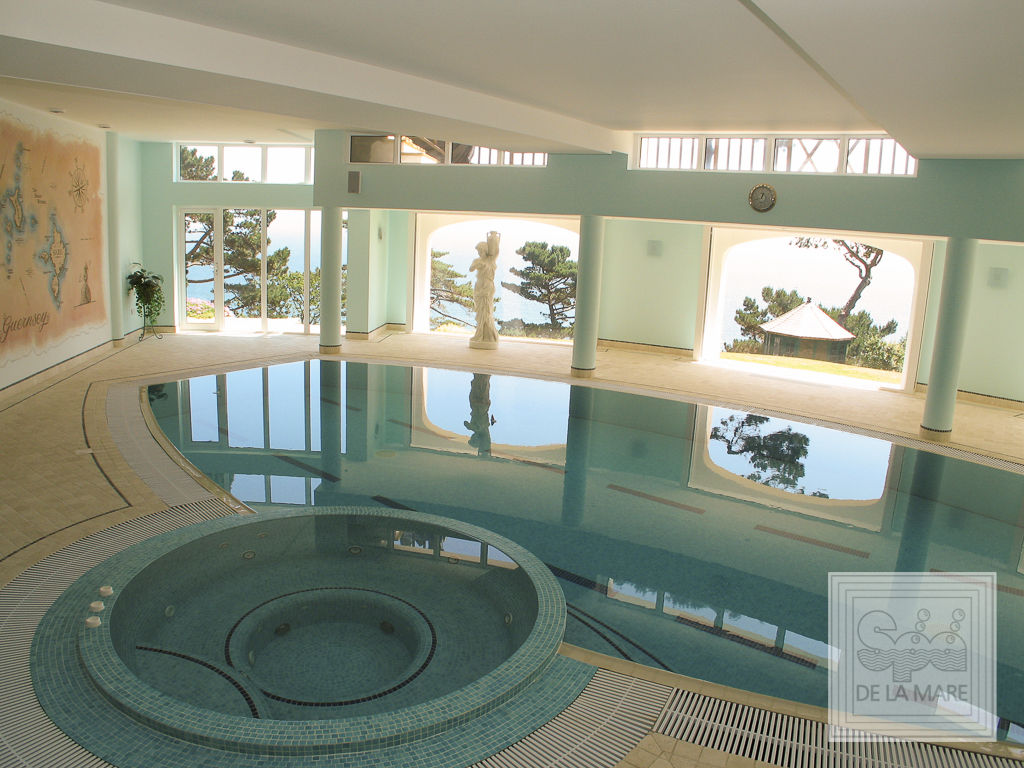 Bespoke Spa Pool 2 - Coliseum DL Spa & Pool